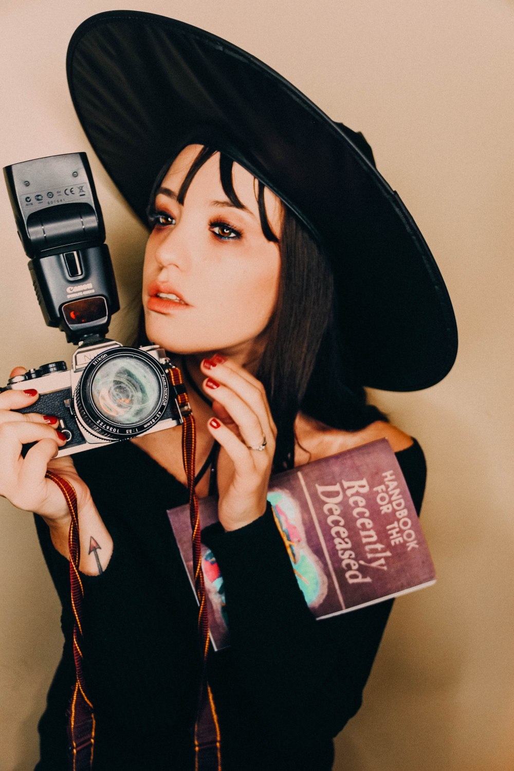 halloween weekend costume 1 lydia deetz – stacks and